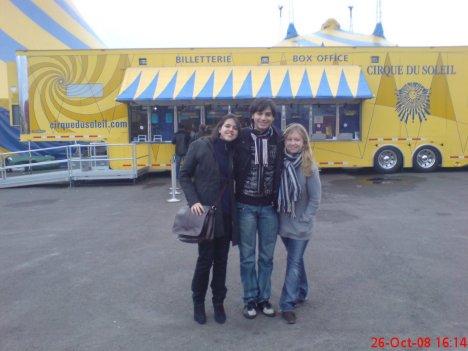 Eu, Thiago (Brasil) e Simone (Vancouver, Canadá)